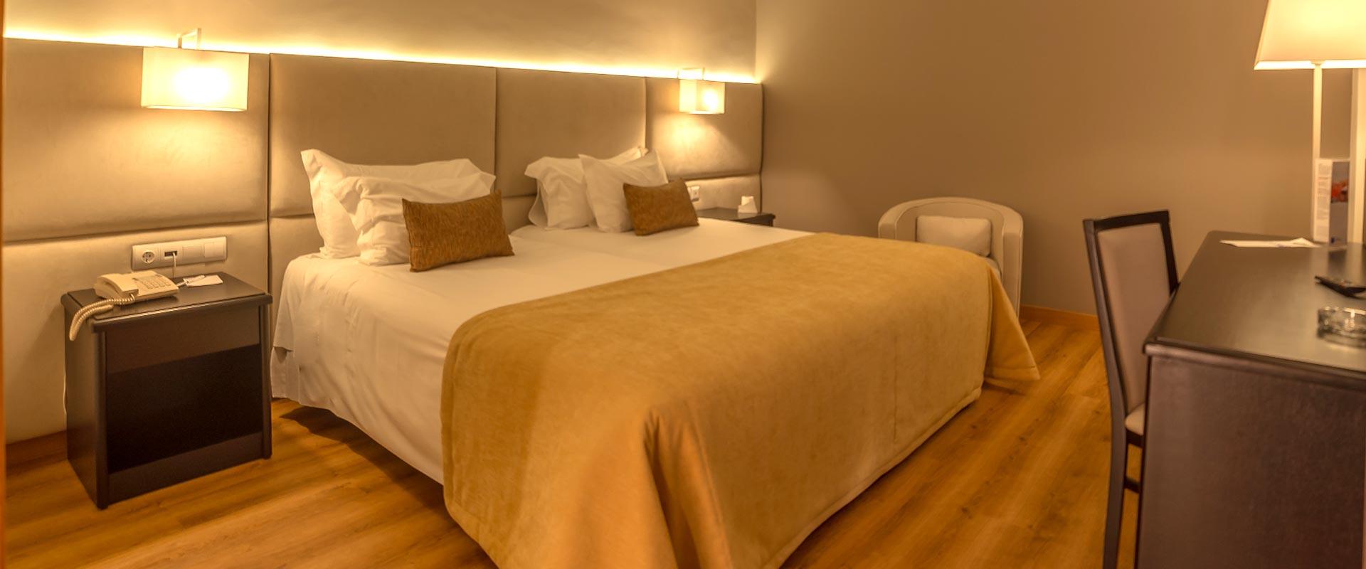 Dona-Maria-RMPZ-Hotel-M-QAmarelol.jpg