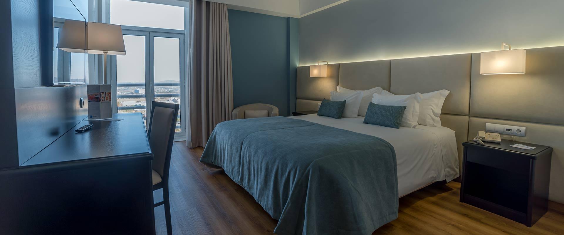 Dona-Maria-RMPZ-Hotel-M-QAzul.jpg